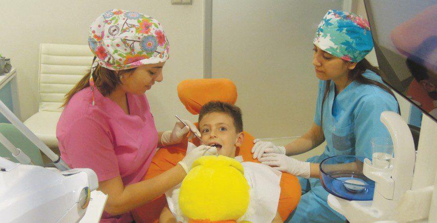 С ребенком к стоматологу