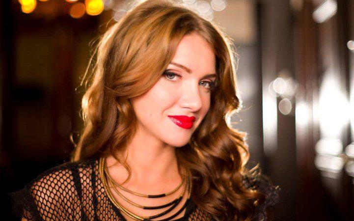 Румынская поп-звезда Отилия:у меня много русских друзей